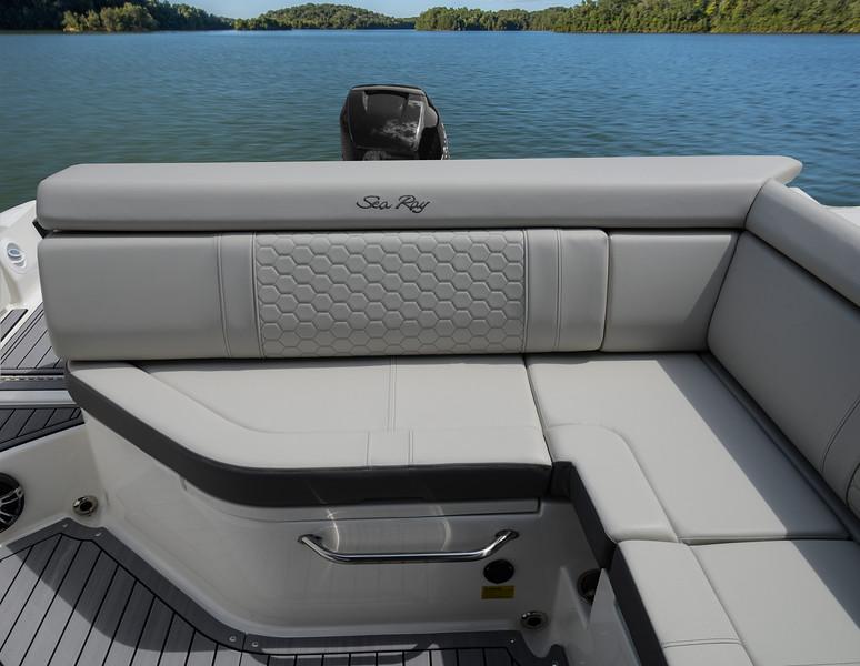 SDX 270 OB Stone Int Aft Seat.jpg