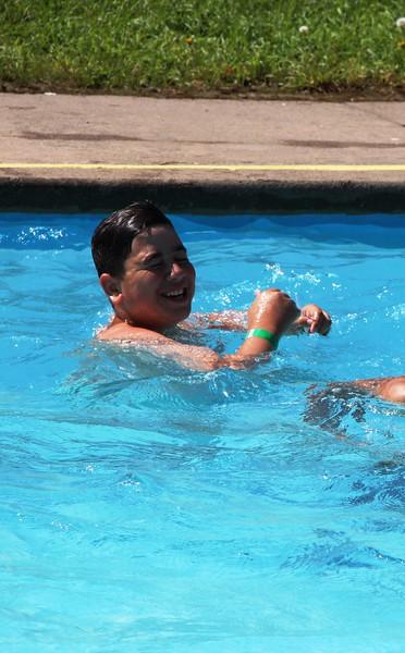 kars4kids_thezone_camp_2015_boys_boy's_division_swimming_pool_ (160).JPG