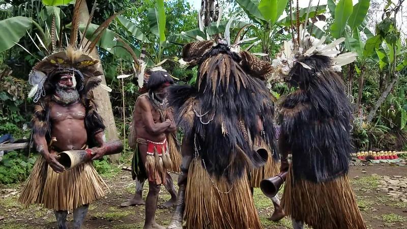 Huli - Spirit Dance 1