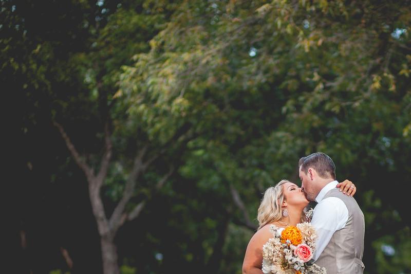 2014 09 14 Waddle Wedding - Bride and Groom-822.jpg