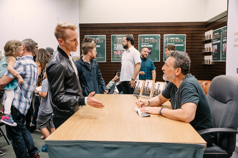 2019_2_28_TWOTW_BookSigning_SP_269.jpg