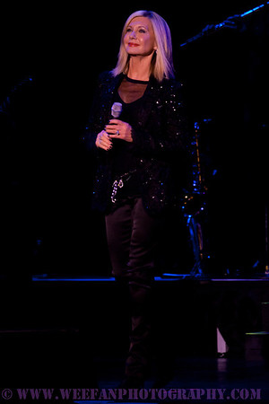 Olivia Newton-John- Tarrytown Music Theater
