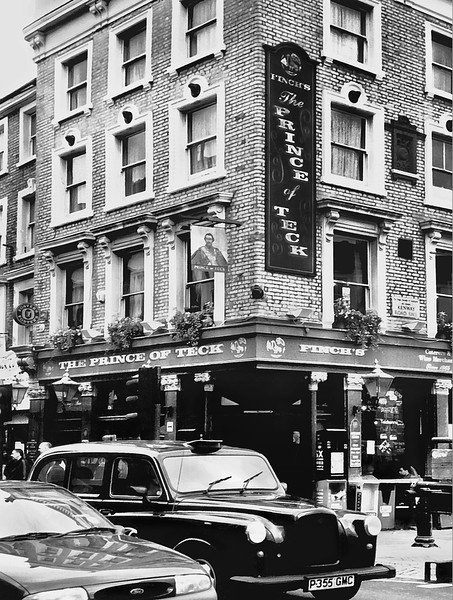 London Street Scene.jpg