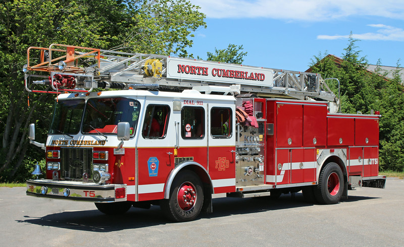 Truck 5 1992 E-One Protector 1250 / 500 75' RM