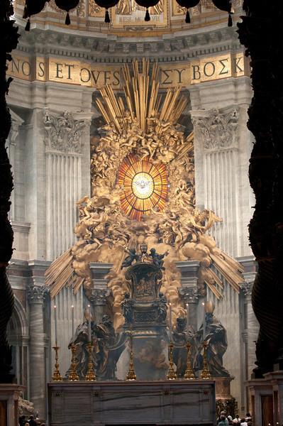 Alta St Peter's Basilica_8328.jpg