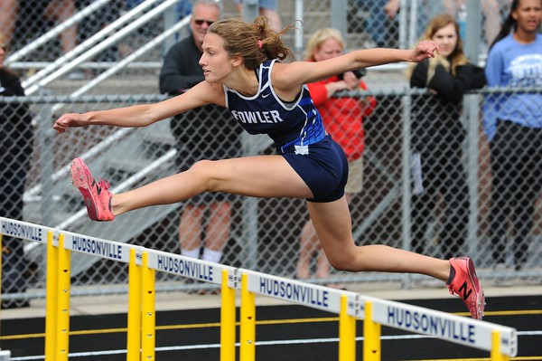 D4 GIRLS' 100 Meter HURDLE PRELIMS - 2018 MHSAA T&F Finals