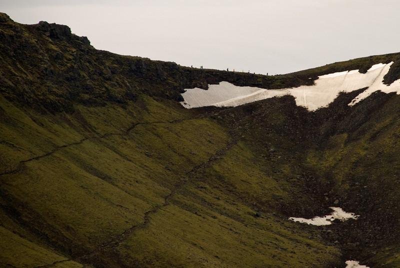 Þriðji hópurinn á leið út á Heiðarhornið. Kl. 6.24