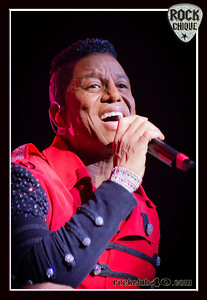 The Jacksons at WIN Wollongong