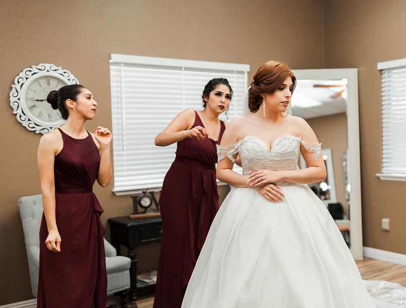 Alexandria Vail Photography Wedgewood Fresno Wedding Alexis   Dezmen322.jpg