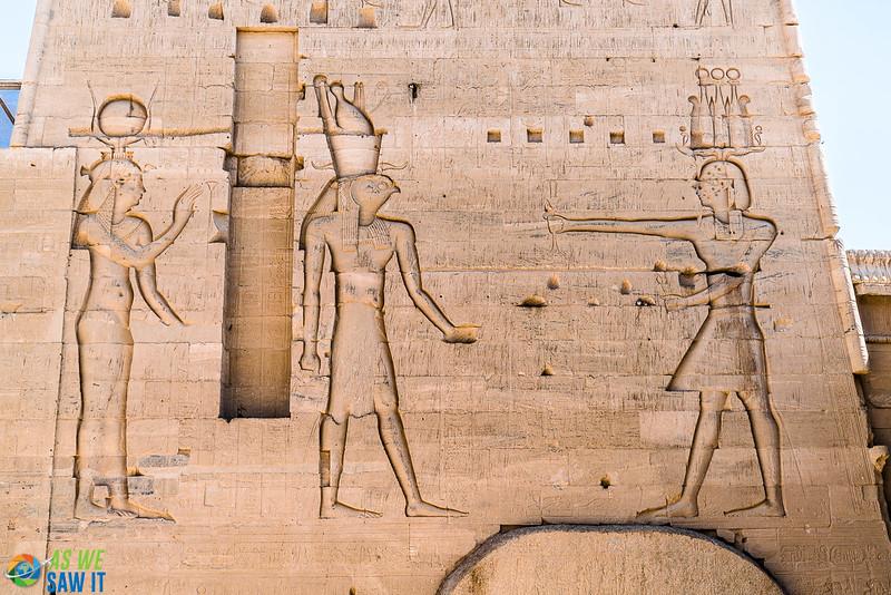 Philae-Temple-04017-18.jpg