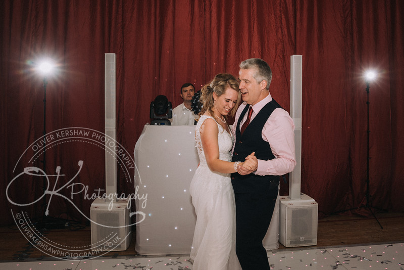 Wedding-Perry & Tara-By-Oliver-Kershaw-Photography-202416.jpg