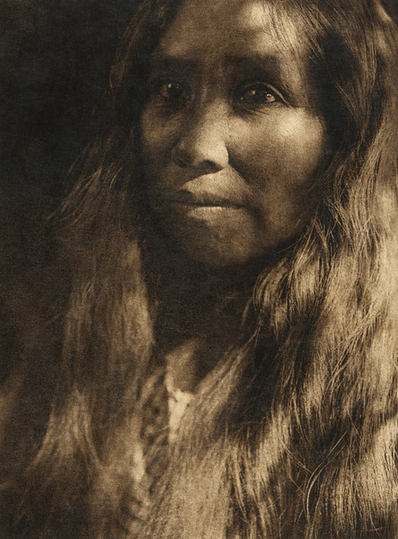A Kato woman (The North American Indian, v. XIV. Norwood, MA, The Plimpton Press, 1924)