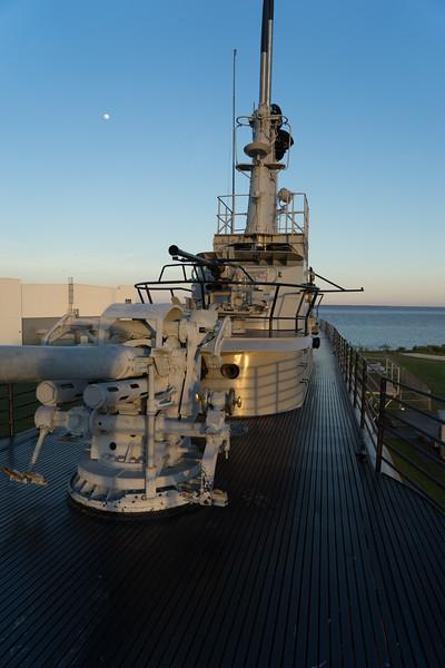 Deck gun of the submarine USS Drum.