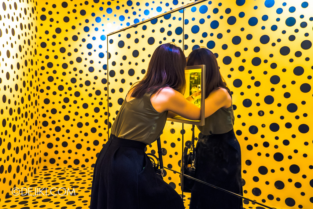 National Gallery Singapore - Yayoi Kusama: Life Is The Heart of A Rainbow / The Spirits of Pumpkins Descended into the Heavens, viewer entering the realm