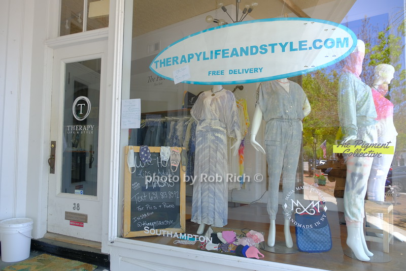 shop displaying rules for entry in Southampton May 21, 2020: Hamptons photo by Rob Rich/SocietyAllure.com ©2020 robrich101@gmail.com 516-676-3939