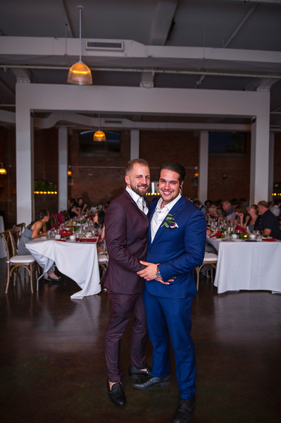 Montreal Wedding Photographer and Videographer | Chapel McGill | Entrepot Dominion | Montreal Quebec | Lindsay Muciy Photo and Video