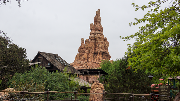 Disneyland Resort, Disneyland, Frontierland, Big THunder Mountain Railroad, Big, Thunder