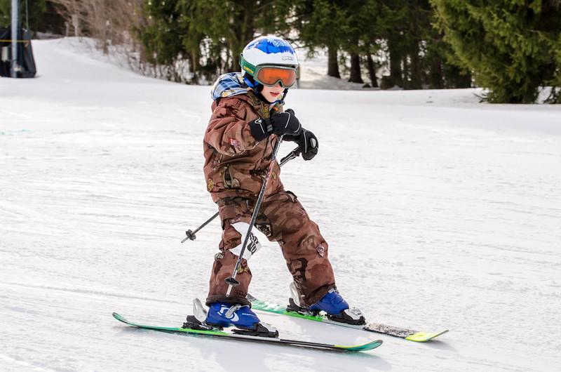 Standard-Races_2-7-15_Snow-Trails-174.jpg