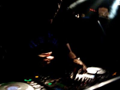 Sweapsound - DJ Isaac