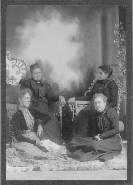 Iowa Nov 12 1898.jpg