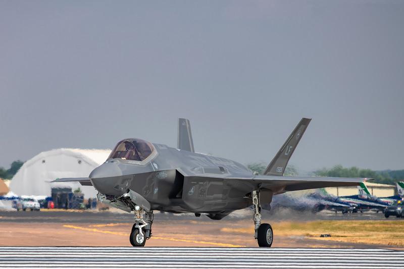 Lockheed Martin F-35A Lightning II.jpg