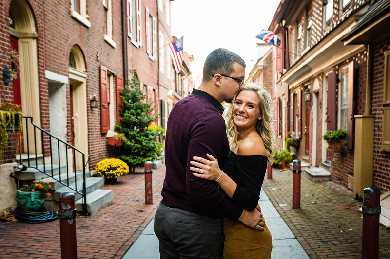 MICHELLE AND NICK - OLD CITY ENGAGEMENT SESSION - 13.jpg