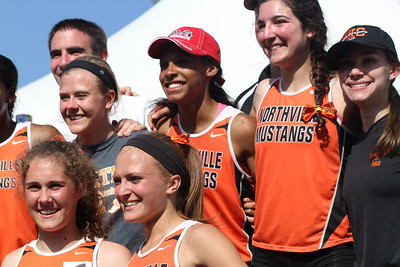 D1 Girls' Team Awards - 2014 MHSAA LP T&F Finals