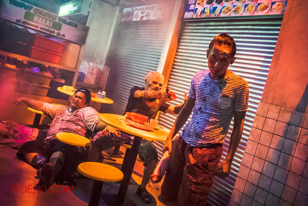 Halloween Horror Nights 6 - Hawker Centre Massacre / Thugs