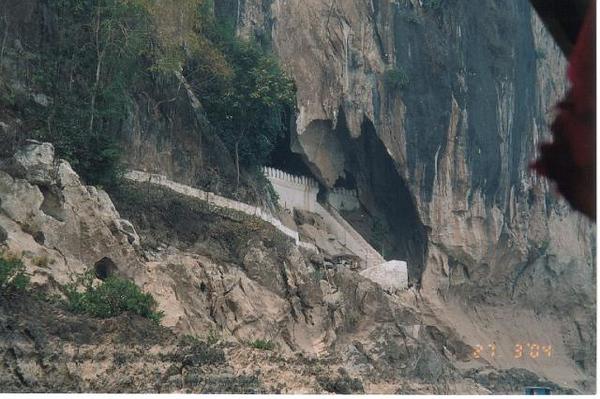 21_Luang_Pradang_Grotte_de_Tham_Ting.jpg