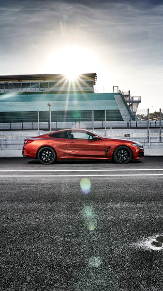 Photo Set - The new BMW M850i xDrive Coupe - Social Media Formats (10_2018)