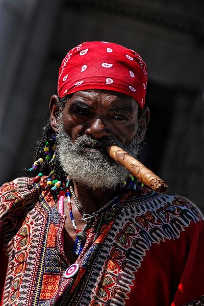 Cuba Havana man w cigar 4957.jpg