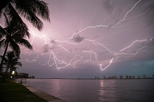 Lightning & Thunderstorms
