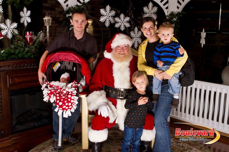 Santa Dec 15-250.jpg