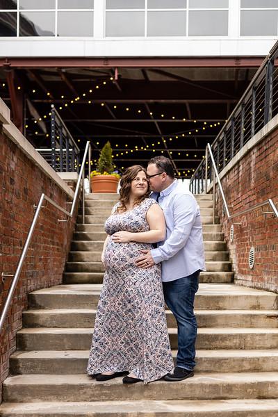 Amanda | American Tobacco Campus Maternity Photography