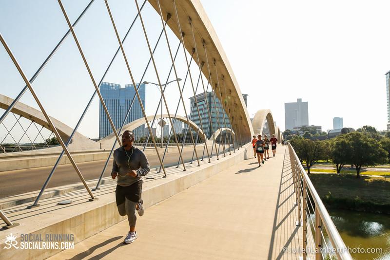 Fort Worth-Social Running_917-0403.jpg
