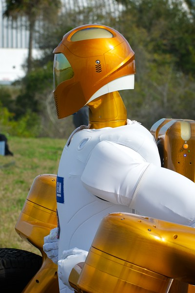 02/24/2011 -- Cape Canaveral, Florida -- R2A, the twin brother of the R2B Robonaut, looks toward Launch Pad 39A, awaiting the launch of space shuttle Discovery. R2B is traveling to the International Space Station, where it will undergo tests and perform duties alongside the astronauts.