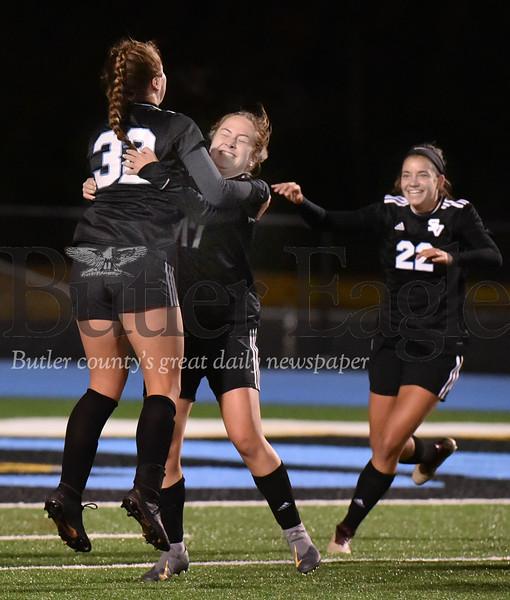 Seneca Valley vs Mount Lebanon WPIAL Class 4A girls soccer quarter final  playoff game at Seneca Valley Nextier stadium