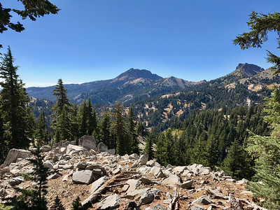 Along the trail to Bumpass Hell