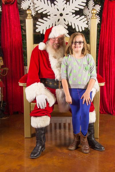 Santa 12-16-17-287.jpg