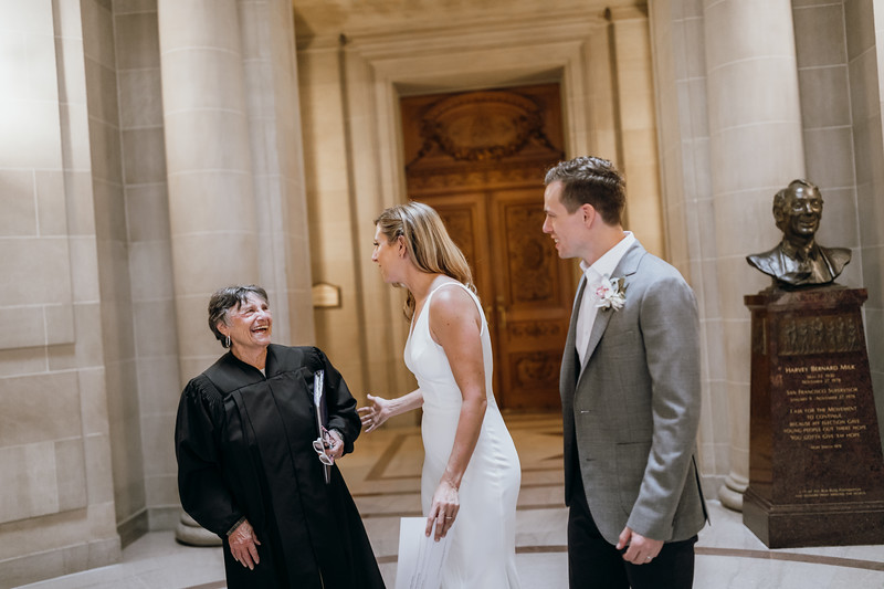 2018-10-04_ROEDER_EdMeredith_SFcityhall_Wedding_CARD1_0228.jpg