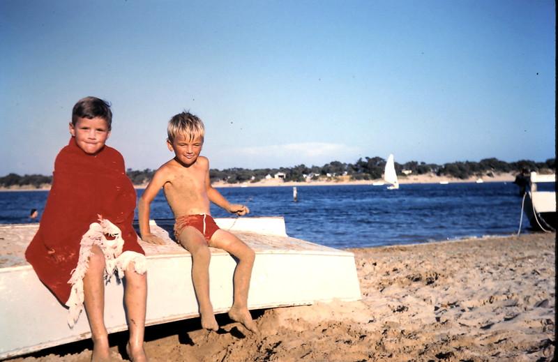1961-1 (15) Peter Swan & Robert Grant @ Barwon Heads.JPG