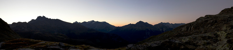 Sunrise above Termignon (Maurienne)