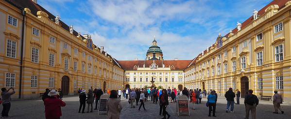Day 14 to the Melk Abby in Austria