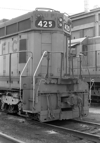 UP SD24 425, 1983. <i>(Don Strack Photo)</i>