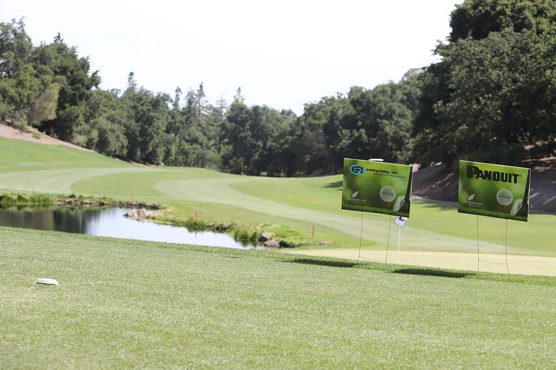 Momentum Golf Benefit-286.jpg