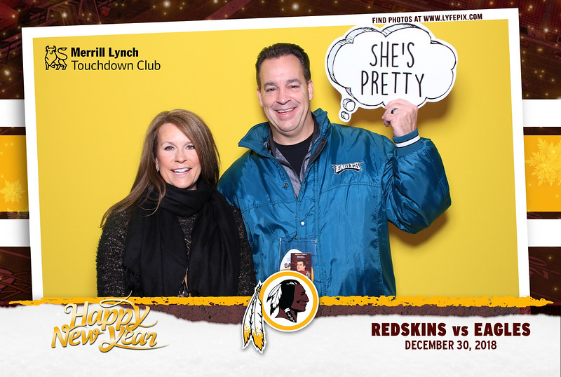 washington-redskins-philadelphia-eagles-touchdown-fedex-photo-booth-20181230-141900.jpg