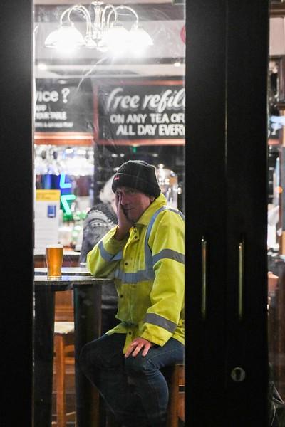 Coronovirus UK shut down pubs and clubs, Swansea.