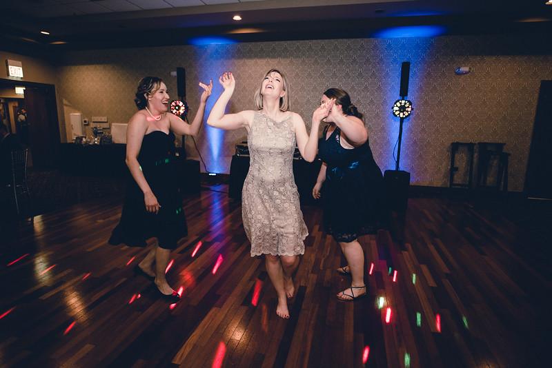 Chicago Wedding Engagement Photographer 2025.jpg