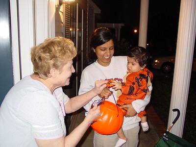 10-2001 Halloween