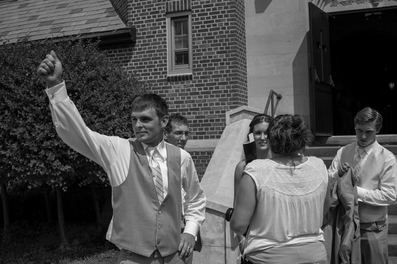 2013-06-22-Wedding-Outside-BnW